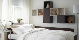 mensole quadrate ikea le mensole per la da letto piccola ecco alcuni suggerimenti