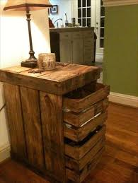 How To Make End Tables Out Of Pallets by Best 25 Pallet Side Table Ideas On Pinterest Diy Living Room