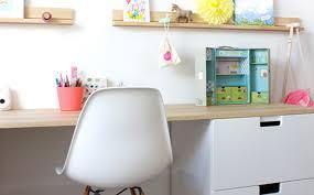 accessoire bureau enfant un joli bureau pour enfant shake my