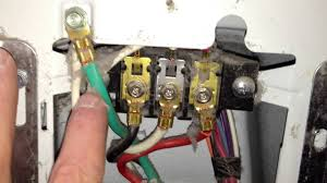 how to correctly wire a 4 wire cord in an electric dryer terminal