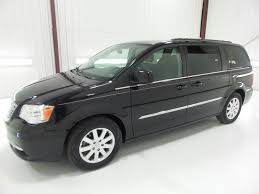 used one owner 2015 chrysler town and country touring butler pa