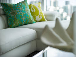 Tour An Organic Modern Chicago by Which Living Room Is Your Favorite Hgtv Urban Oasis Sweepstakes
