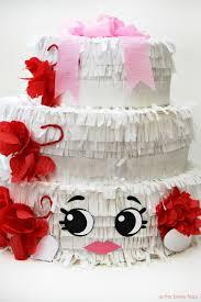 wedding cake pinata shopkins piñata wendy wedding cake as the bunny hops