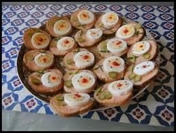 canap au thon des canapés simples et rapides au thon carottes râpées rêve et