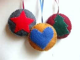 felt ornaments 56 original felt ornaments for your christmas tree digsdigs