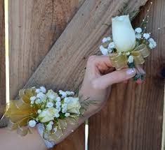 gold boutonniere corsage and boutonniere set in irvine ca flower synergy