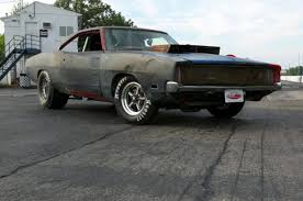 charger hellcat engine watch roadkill put a hellcat engine into a 1968 dodge charger