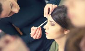 pro makeup artist what makes a professional makeup artist makeup vidalondon