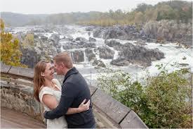 northern virginia wedding photographer rainy great falls park engagement northern virginia wedding