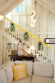 Christmas Lights For Stair Banisters Decorate The Stairs For Christmas U2013 30 Beautiful Ideas