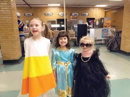 spirit halloween johnston ri dutemple gets in the spooky spirit cranston herald