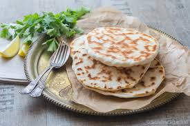 cuisine indienne naan cheese naan pains au fromage indiens cuisine addict cuisine