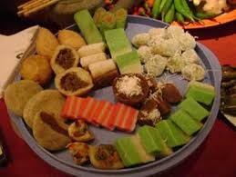 traditional cuisine quay or kuih depending on how singaporean or malaysian