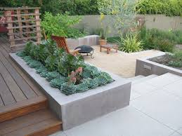 outdoor cozy simple backyard design with mini bar also