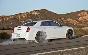 2013 chrysler 300 srt8 rear 34 smokey burnout photo 50500740
