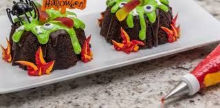 halloween cauldrons how to make creepy cauldron bundt cakes cakes com