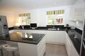 plan de travail cuisine blanche cuisine blanche sol noir 2 cuisine blanche avec plan de travail