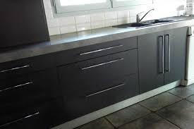 cuisine gris foncé plan de travail gris foncé galerie et cuisine gris mat menuiserie