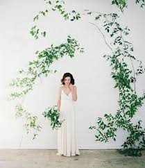 wedding backdrop greenery 20 fresh and beautiful greenery wedding backdrops weddingomania