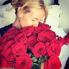 How Much Is A Dozen Roses Heidi Klum Shares Photo Of Bouquet Of Red Roses From Vito Schnabel