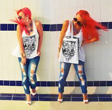 Forever 21 Ripped Jeans Dina Saadi Forever 21 Blue Ripped Jeans Dina Saadi Collection