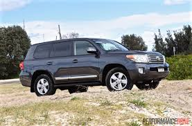 toyota land cruiser 2015 2015 toyota landcruiser sahara diesel review video