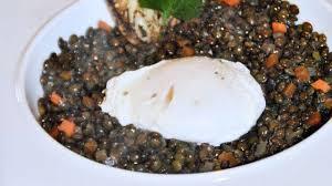 cuisine lentilles vertes lentilles vertes et oeuf poché recette par baré