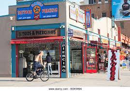 venice beach tattoo shop stock photos u0026 venice beach tattoo shop