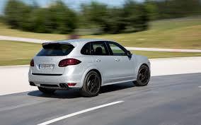 2013 Porsche Cayenne - refreshing or revolting 2015 porsche cayenne motor trend wot