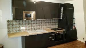 cuisine personnalisée sur pan de mur en biais cuisishop