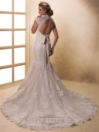 lace wedding dress with cap sleeves and keyhole back acpm