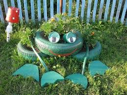 frog made from tire reuse tires garden junk ideas decoration