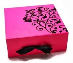 printed gift boxes attractive and fancy containers are best for using at various