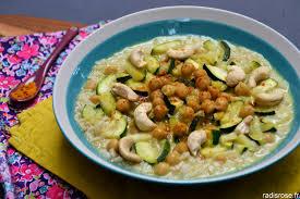 recette cuisine courgette curry de pois chiche au lait de coco et courgette radis