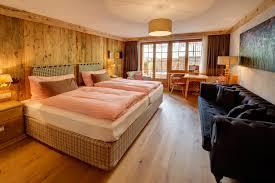 family room hotel berghof zermatt