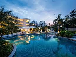 hotel in phuket novotel phuket karon beach resort and spa