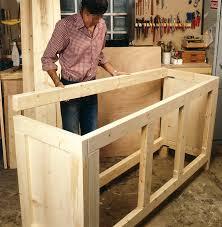construire meuble cuisine fabriquer meuble de cuisine fabrication en palette 2 table