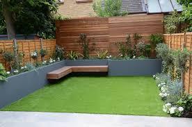 small garden design fake grass low mainteance contempoary design