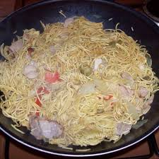 comment cuisiner des nouilles des nouilles chinoises aux crevettes ingrédients préparation cuisson