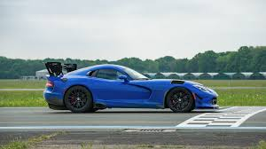 Dodge Viper V12 - video stig the tg test track and a viper acr top gear