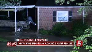 nashville residents forced to leave homes due to flooding