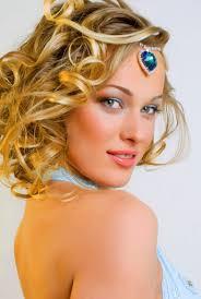curled hairstyles medium length hair medium length curly hair pictures of curly hairstyles shoulder