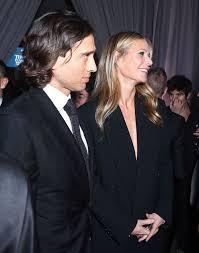 chris martin and gwyneth paltrow wedding gwyneth paltrow engaged to brad falchuk u2014 report u2013 hollywood life