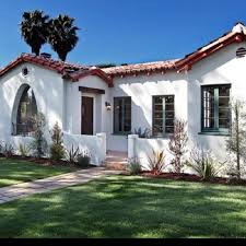 best 25 spanish bungalow ideas on pinterest spanish style homes