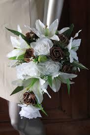 composition florale avec des roses les 25 meilleures idées de la catégorie mariage de roses blanches