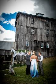 unique wedding venues in michigan fall in with these unique northeast michigan wedding venues