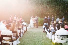inexpensive wedding venues 13 awesome budget weddings 8 000 a practical wedding