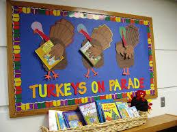 library displays thanksgiving turkeys on parade