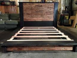Building A Platform Bed With Headboard by Diy Wood Pallet Bed With Headboard 101 Pallets