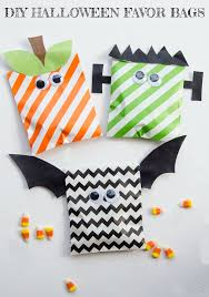 diy halloween treat bags u0026 free printable by love the day